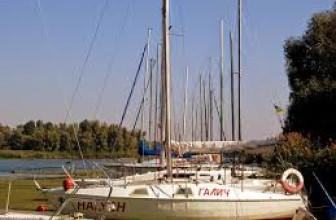 Взяв яхту у «Рентфлотом» вы прекрасно отдохнете на Днепре